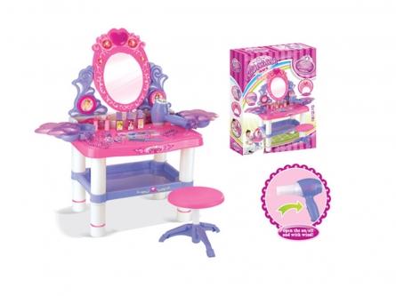 2108231 Игровой набор: Маленький стилист. Столик для макияжа с украшениями и косметикой.