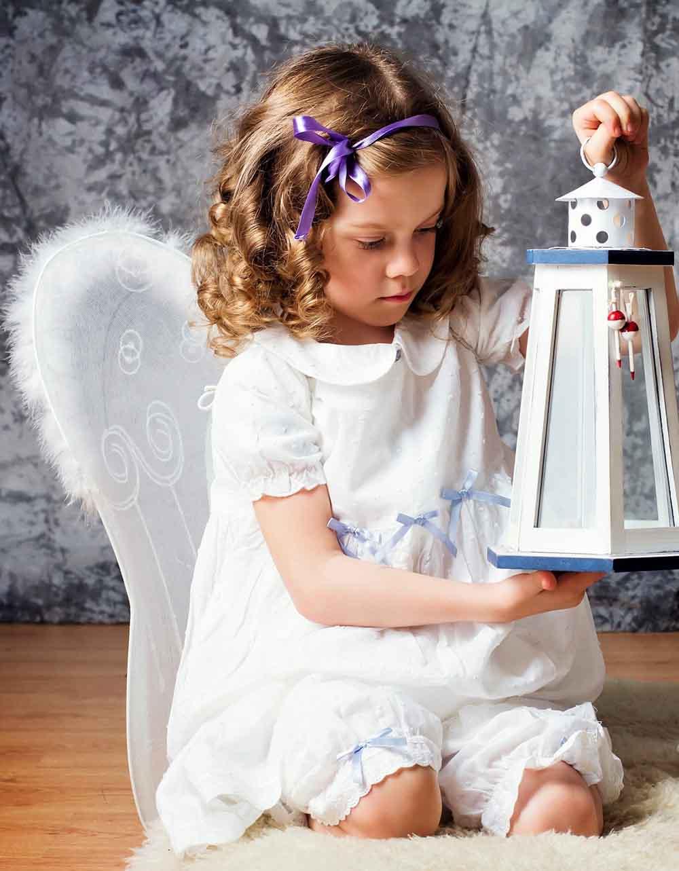 Холст с красками 17х22 по номер. в кор. (12цв.) Маленький ангел с фонарём (Арт. ХК-8125)