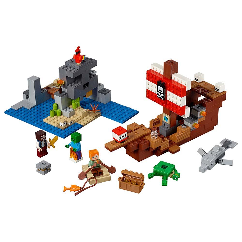 """21152 Конструктор LEGO Minecraft """"Приключения на пиратском корабле"""""""