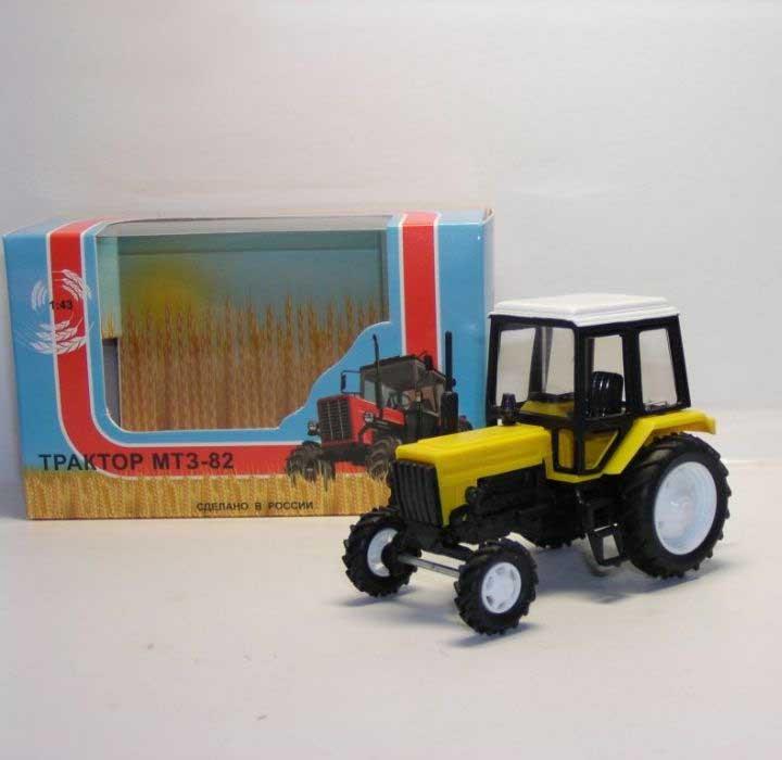 1:43 трактор МТЗ-82 Люкс (2х цветный пластик, жёл-черный) 160112