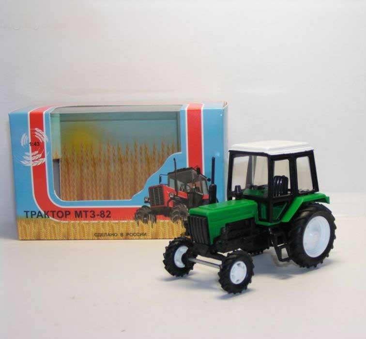 1:43 трактор МТЗ-82 Люкс (2х цветный пластик, зел-черный) 160113