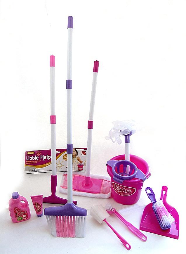 Набор для уборки 66777-20 ведро, 2 швабры, 2 щётки, веник, совок, бутылочки, в кульке.